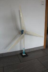 Windrad groß Batterie-Betrieb 3 Propeller Modellbau Spielzeug ab ca 5-12 Jahre