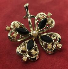 Vintage Brooch Pin Four Leaf Clover Gold Tone Faux Pearls