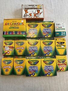 Lot Of Assorted Brand Crayons For Crafts Mostly Crayola Most New Some Used