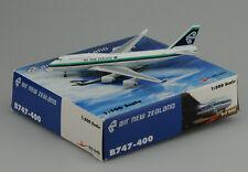 Air NewZealand B747-400 old color  bigbird models  scale 1:500 die-cast models