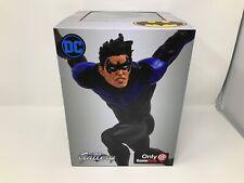 DC Gallery Diamond Select Nightwing Diorama Gamestop Exclusive
