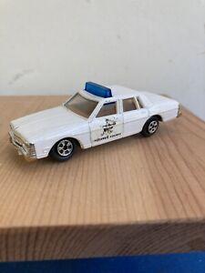 Ertl Replica 1980 Pontiac Bonneville - Hazard County Sherriff  - White with Blue