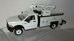 Dodge Ram 5500 with Service Body by First Gear  1:34 scale NIB