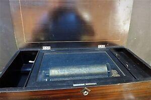 Music box rosewood plays six airs Victorian superb item