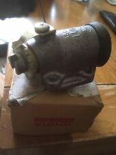Nos Toyota Hilux Front Brake Cylinder