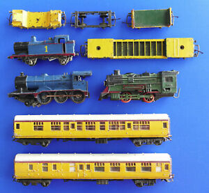 Vintage Lot 1980's Rolling Stock Trains Carriages Engine Loco Tri-Ang PARTS ONLY