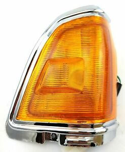 *NEW* CORNER LAMP INDICATOR LIGHT for NISSAN BLUEBIRD STANZA 1980 -1984 RIGHT RH