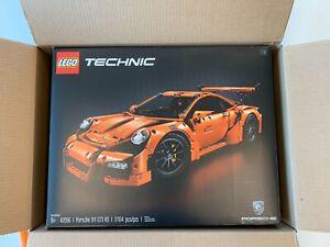LEGO Technic Porsche 911 GT3 RS (42056) - 2704 Pieces NISB