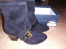 NEW $109 Womens Tommy Hilfiger Roux Boots, size 8