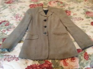 Ann Taylor Black and Beige Checked Blazer