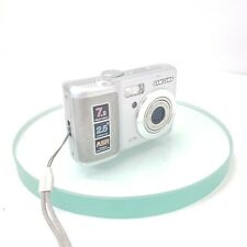 Samsung D75 7.2MP Digital Camera - Silver - TESTED in working condition #831