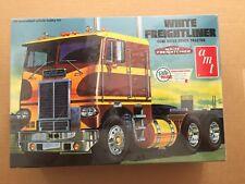 AMT White Freightliner COE  Truck Model
