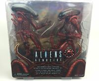 Aliens & Predators NECA 2 Pack Action Figures Genocide Big Chap + Dog Alien 18cm