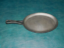 "Calphalon ""CAST"" Cast Iron Cookware, Oval Skillet, 10-inch pre-owned in EXCDN !"