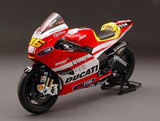Ducati GP11 Valentino Rossi 2011 Motorcycle 1:12 Model 57063 NEW RAY