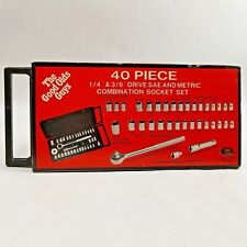 The Good Olds Guys 40 Piece 1/4 & 3/8 Drive SAE and Metric Socket Set Oldsmobile