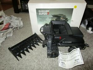 Agco Deutz Allis Chalmers Farm Toy Gleaner Super 7 Stealth Combine Limited Ed