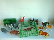 ZOO 12 FIGURINES ANIMAUX SAUVAGES 8/13CM + 4 CAGES PLASTIQUE DUR - BEG