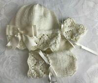 NEW Hand Knitted Baby Girl's Cream Sparkle Wool Hat With Mittens 0 - 3 Months