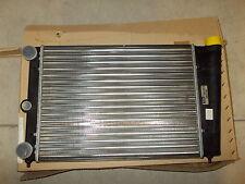 RADIATORE MOTORE VOLKSWAGEN GOLF 1,1 1,3 POLO MK2 PASSAT ENGINE RADIATOR VALEO
