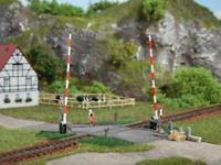 Auhagen 41604 HO Gauge Level Crossing Plastic Kit