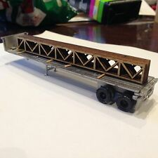 ULRICH  HO SCALE 1/87  TANDEM AXLE FLATBED TRAILER ALL METAL KIT WITH TRUSS LOAD