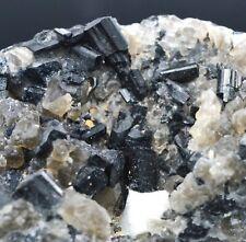 Tourmaline noire schorl 2403 grammes - Antandrokomby Ambositra Madagascar