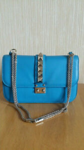 AUTHENTIC Valentino Garavani Rockstud Medium Blue Leather Crossbody Bag