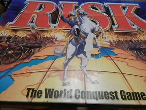 RISK The World Conquest Board Game 2000 Parker Hasbro Family War  Complete