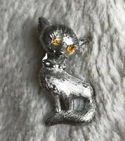 Vintage Shiny Textured Silver tone Cat With Rhinestone Eyes Brooch Pin