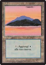 FBB Isola - Island MTG MAGIC Italian Revised Art C (Dark Purple) NEAR MINT