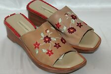 NAKED FEET Floral Embroidered Nude Leather Wedge Slide Mules Sandals Sz 8 Brazil