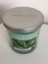Yankee Candle Aloe agua perfumada pequeña vela de pilar 198g Nuevo