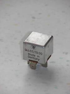 EXCELLENT USED ORIGINAL PORSCHE 944 968 FOG LAMP AC BLOWER RELAY