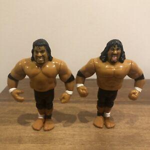WWF/WWE The Headshrinkers Samu and Fatu Hasbro Action Figures 1994 Series 10