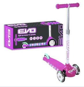 NEW KIDS EVO PINK LIGHT UP MOVE N GROOVE 3 WHEEL SCOOTER GREAT SUMMER FUN 3+