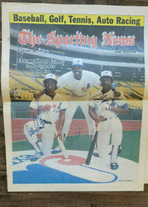 1977 TRIPLE SIGNED SPORTING NEWS COVER EXPOS ANDRE DAWSON VALENTINE CROMARTIE