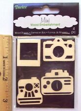 Darice Mini Wood Embellishments Camaras 4 pc, NEW