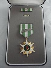 (a20-127) us medalla vietnam Campaign Medal en el set
