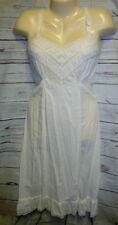 VTG Skip Full Sexy Gown Lingerie Pleated Lace Bust Slip Embroidered Flowers Shee