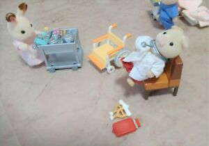 Sylvanian Families THE PIG DOCTOR Epoch Japan Calico Critters