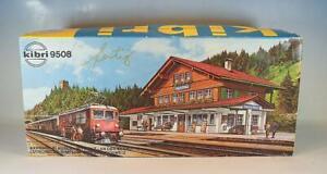 Kibri H0 B 9508 Bausatz Kit Bahnhof Blausee Mitholz vormontiert in O-Box #3864