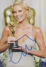 CHARLIZE THERON Oscar Foto 13x18 signiert IN PERSON Autogramm signed RAR SELTEN