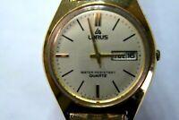 LORUS Y143-8050 Quartz Day/Date Gold Unisex Wristwatch