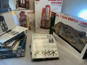 1/35 huge lot of 12 diorama buildings, emplacement, military structures + more