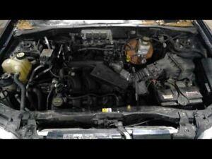 Driver Radiator Fan Motor Fan Assembly Half Fits 05-07 ESCAPE 3404043
