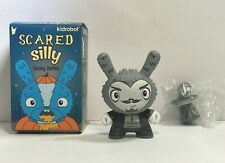 """Kidrobot Scared Silly The Bots The Amazing Alumit Magician Dunny 3"""" Vinyl Figure"""