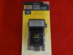 Kodak Gear Automatic Camera Flash 80030 w/Adjustable Head Universal Mount NEW!!!