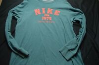 Nike Red Green Long Sleeve Crewneck Large Men's Shirt