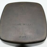 """Wagner Ware Sidney -O- 1218 B Square Skillet Cast Iron 9 1/2"""" w/ Thumb Grip Exc"""